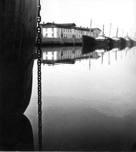 Loggerflotte im Glückstädter Binnenhafen 1964