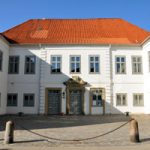 Volkshochschule / Adult Education Centre