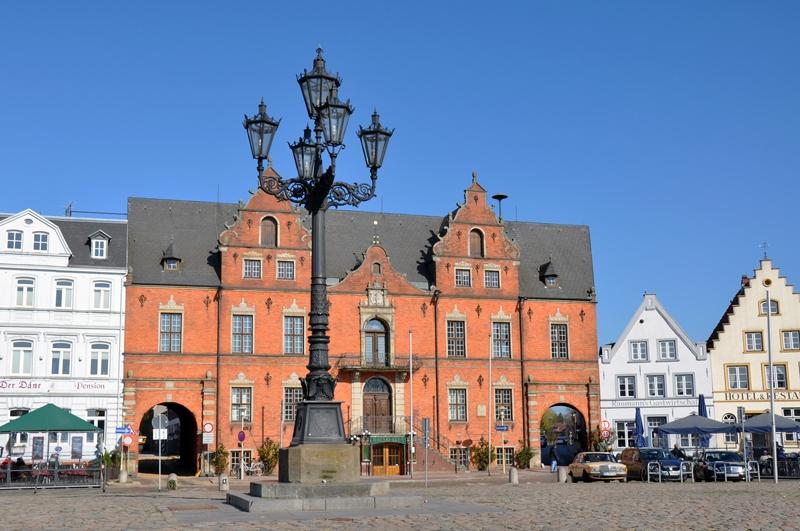 Rathaus Glückstadt / © GDM GmbH