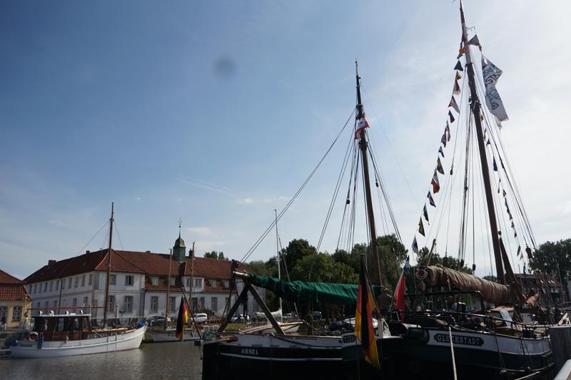 Schiffe im Hafen (c) GDM