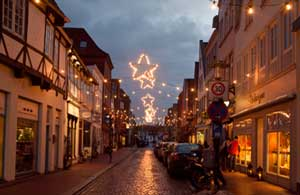 Die Deichstraße zur Glückstädter Adventszeit (c) JHH/GDM