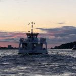 Liinsand auf der Elbe zum Sonnenuntergang