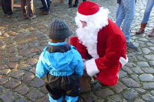 Weihnachtsmann in Glückstadt (c) GDM-Martens