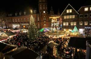 Fahrt mit der Liinsand zum Stader Weihnachtsmarkt (c) Stade Tourismus und Marketing GmbH