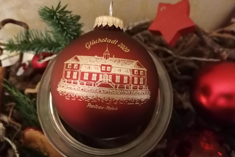 Glückstädter Weihnachtskugel 2020 (c) GDM-Witzdam