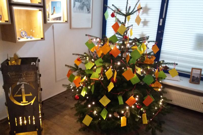 Weihnachtswunschbaum 2020 (c) GDM-Gross